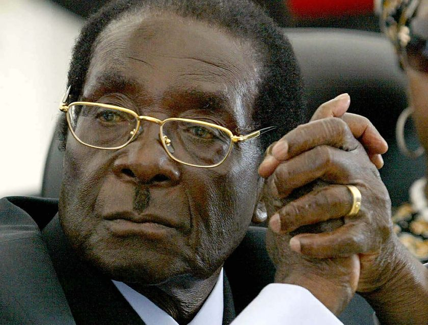 Cash-strapped Zimbabwe Cant Afford Painkillers For Hospitals, But Mugabe Spent $36 Million On Trips In 2016